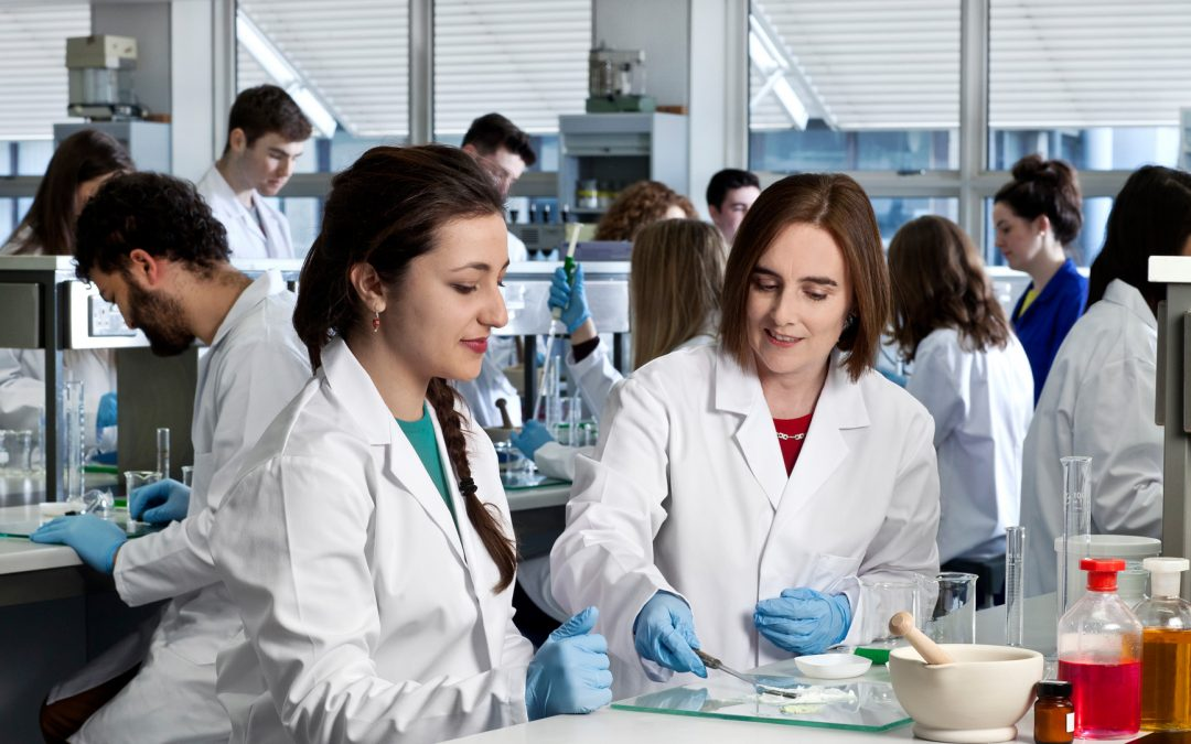15 Funded PhD Studentships in UK and Ireland beginning 2021
